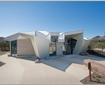 Vasquez Rocks Interpretation Center
